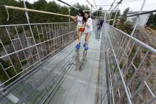 longest-glass-bridge