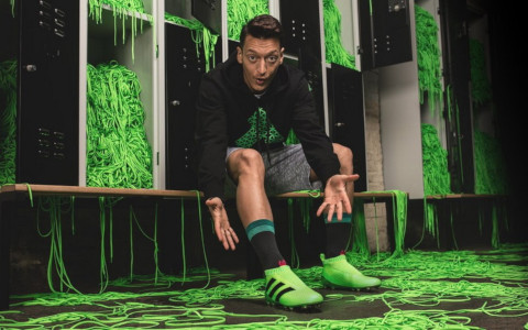 adidas-laceless-boot-ozil