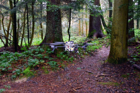 path-following-rescue-drone
