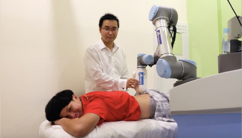 emma-physiotherapy-massage-robot-2
