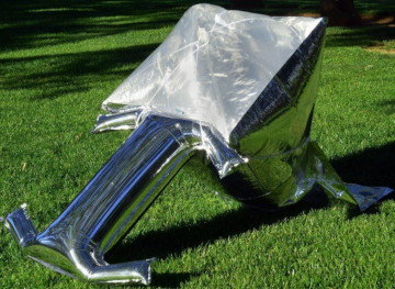 Silver-Balloon-Solar-Cooker-inflated