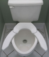 Adjustable-Advantage-toilet-seat
